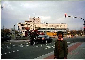 東アジアセンターと西本先生